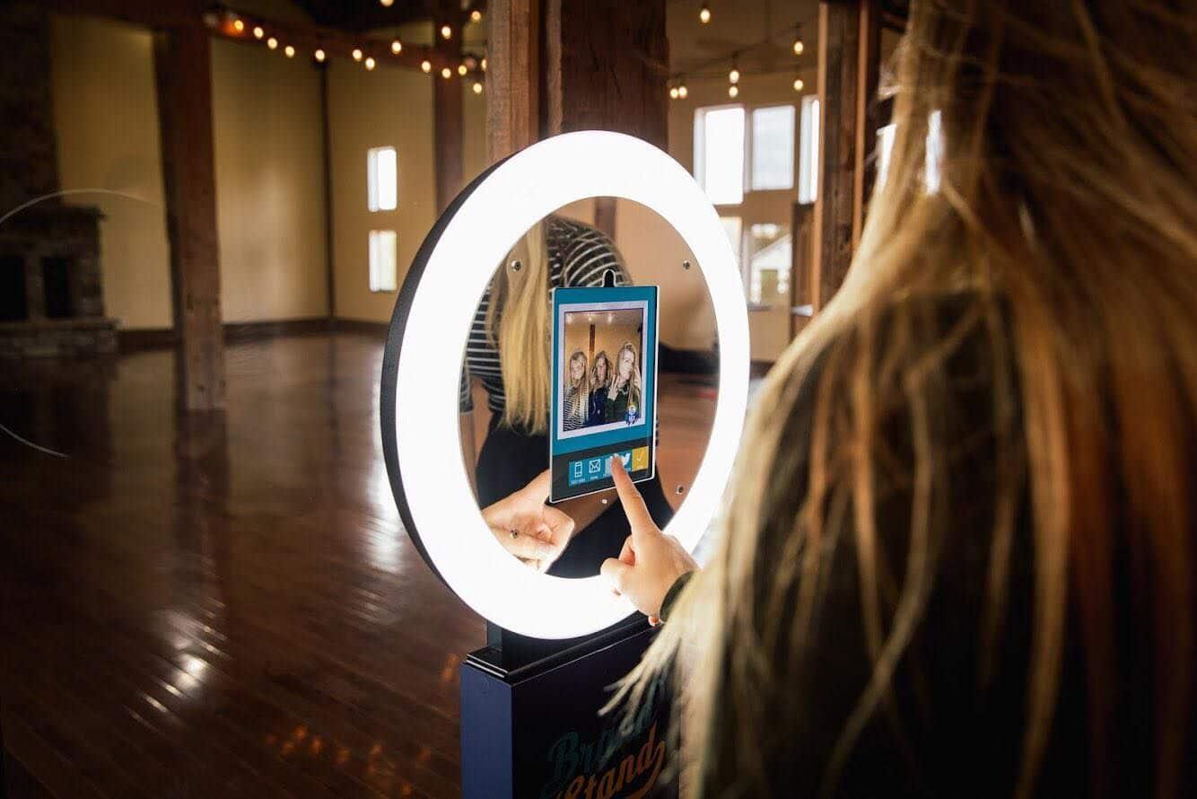 Selfie Boost - Noleggio Photobooth
